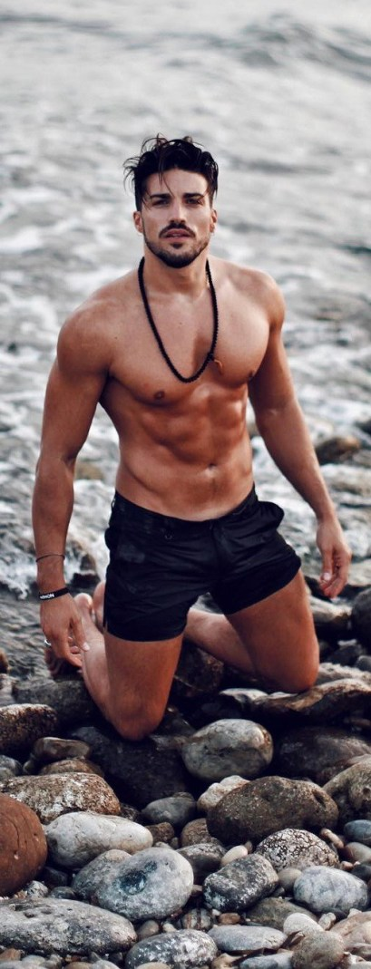 beach-outfit-men-swim-wear