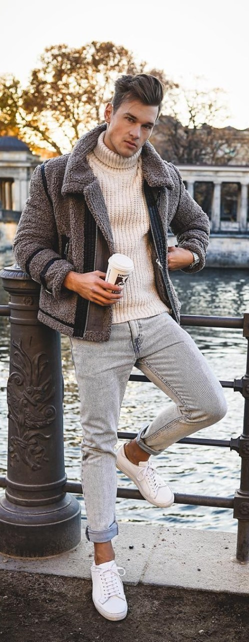 Turtle-Neck-Outfit-Ideas-For-Men.jpg
