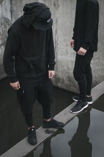 urban streetwear black.jpg